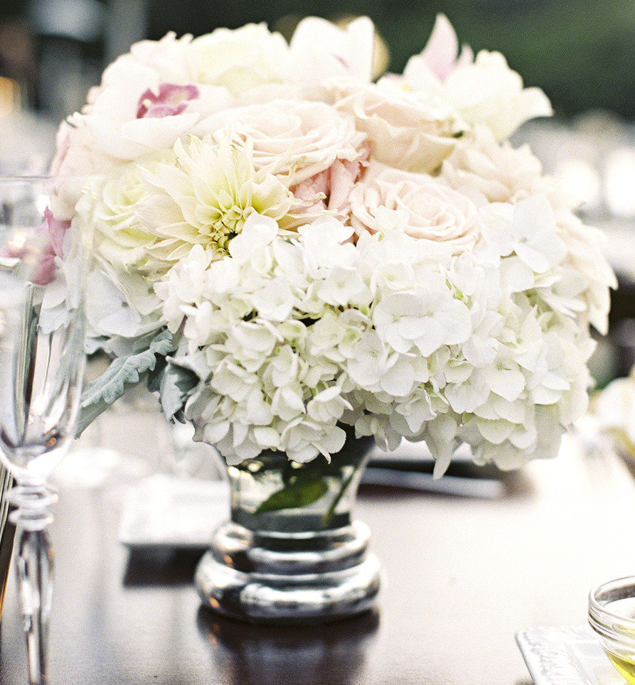 Wedding Reception Hydrangea Centerpieces: Tall hydrangea and rose ...