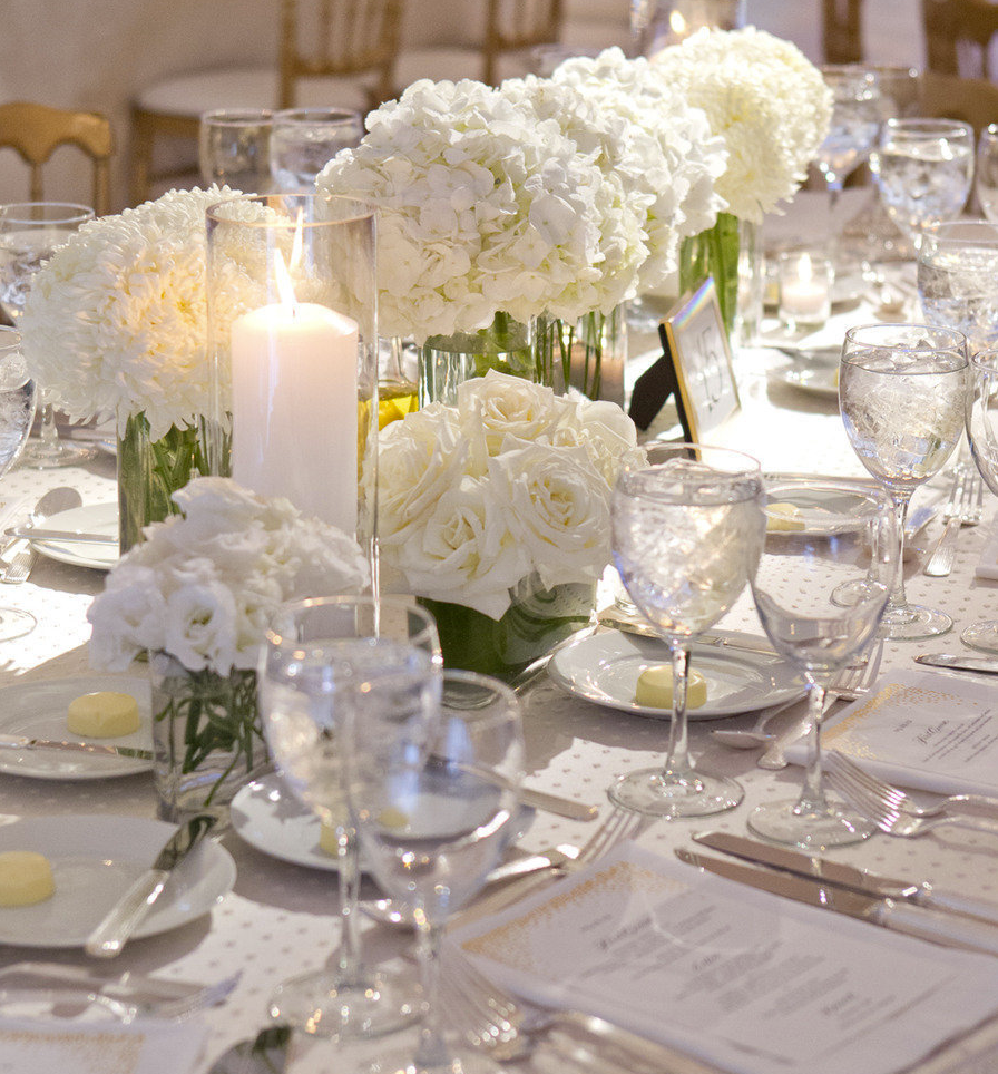 Stunning Ways To Incorporate Hydrangeas Into Your Wedding Centerpieces