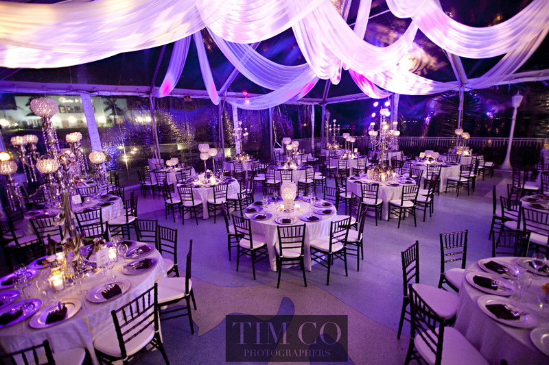 Setting the Mood: The Importance of Wedding Lighting - MODwedding