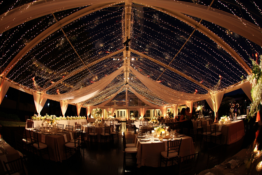 Setting the mood the importance of wedding lighting modwedding wedding reception ideas 18 111913 mozeypictures