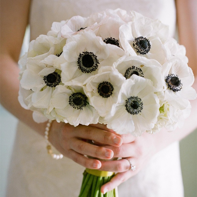 black-and-white-wedding-reception-ideas-10-123013