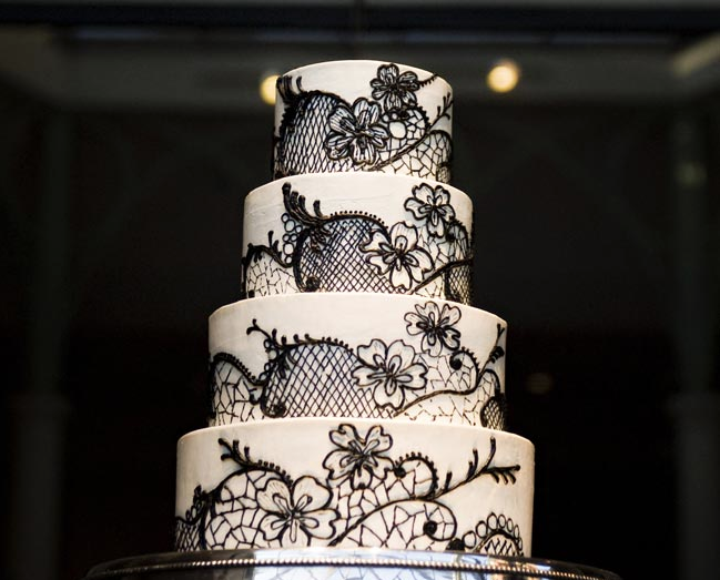 black-and-white-wedding-reception-ideas-18-123013