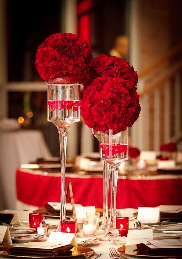 Red black white wedding reception quotes for Red decoration for wedding