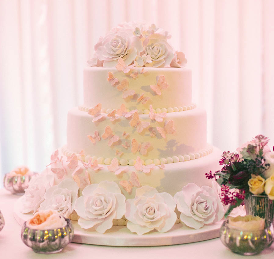 the most beautiful wedding cake ever made most beautiful wedding cakes mywedding 20877