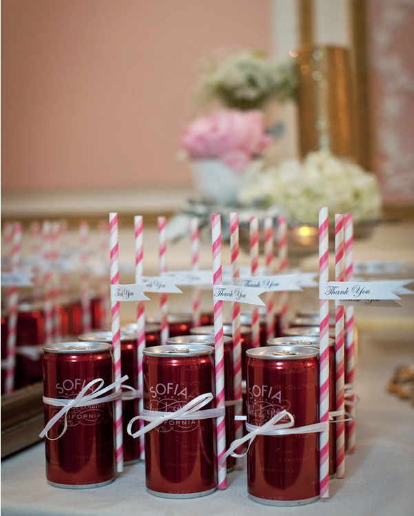 Wedding Favors Ideas For Guests : 19 Wedding Favors Your Guests Will Actually Want - MODwedding