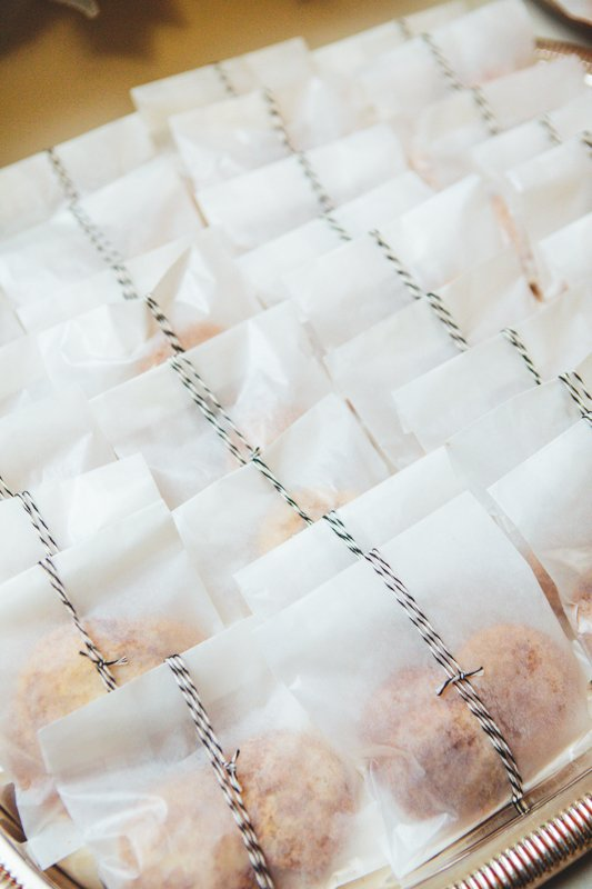 19 wedding favors your guests will actually want modwedding