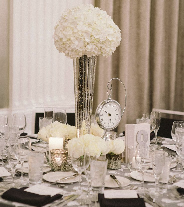 25 white wedding decoration ideas for romantic wedding for White wedding table decorations