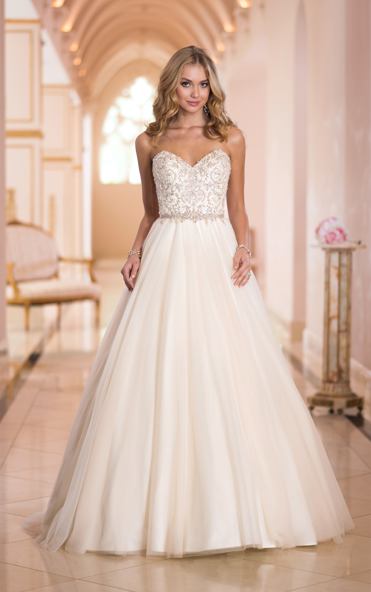 Extravagant Princess Wedding Dresses : Sexy and extravagant stella york wedding dresses
