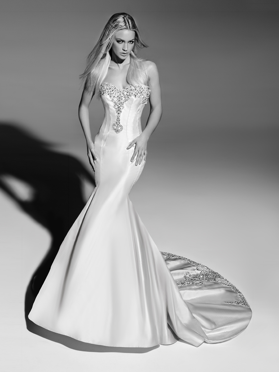 Sensual and Luxurious Wedding Dresses: First Couture Collection