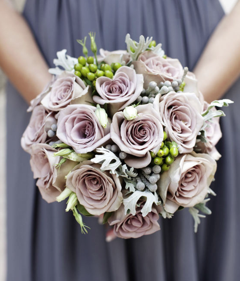 16 pretty wedding bouquet ideas modwedding for Bridal flower bouquets ideas