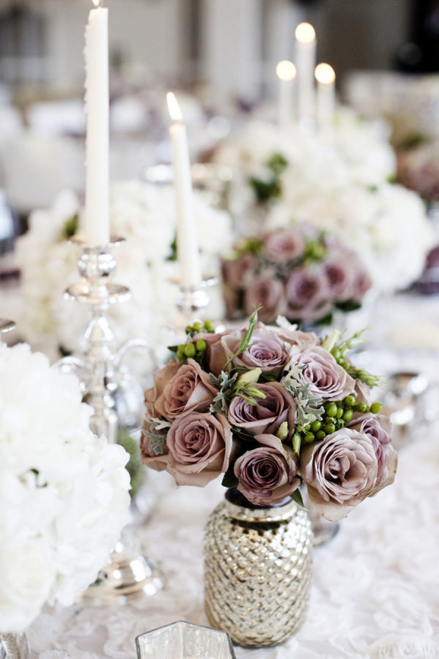29 jaw droppingly beautiful wedding centerpieces modwedding wedding centerpieces 27 01172014 junglespirit Choice Image