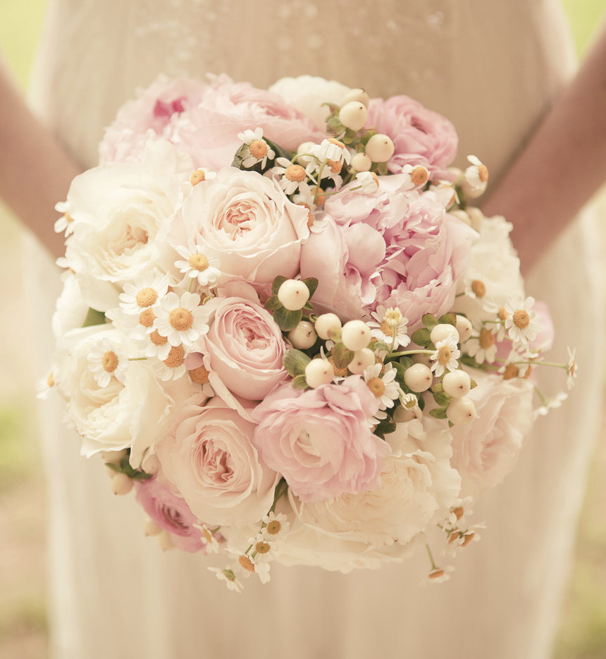 Flowers Wedding Ideas: Get Inspired: 25 Pretty Spring Wedding Flower Ideas