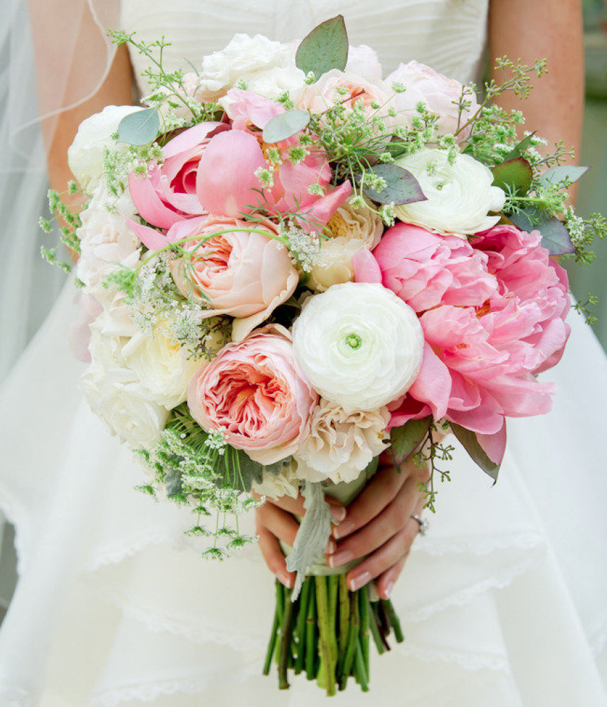 Romantic Garden Wedding Ideas In Bloom: Get Inspired: 25 Pretty Spring Wedding Flower Ideas