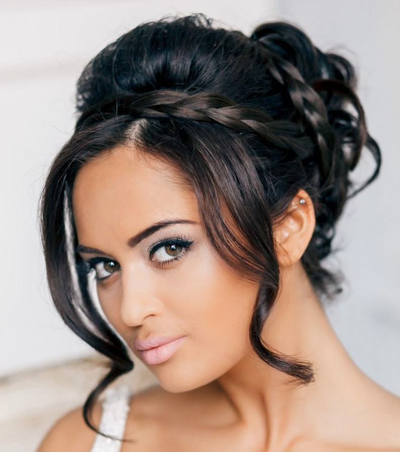 Engagement Hairstyles: 22 New Wedding Hairstyles To Try