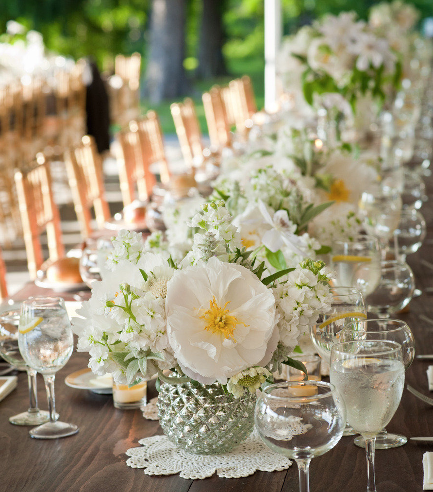 Flower Arrangement Ideas For Weddings: Simply Gorgeous Wedding Reception Ideas