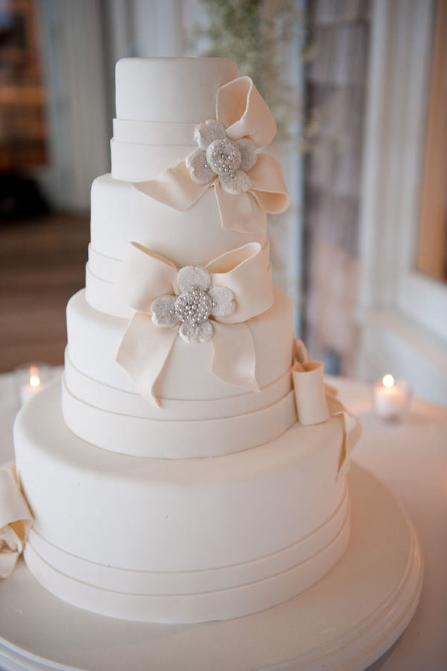 Feast Your Eyes On 21Delicious Wedding Cake Ideas