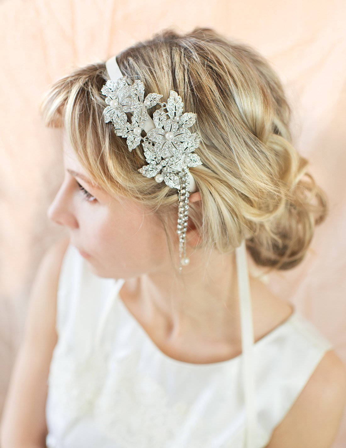 These 1920s vintage style wedding hair accessories from ...