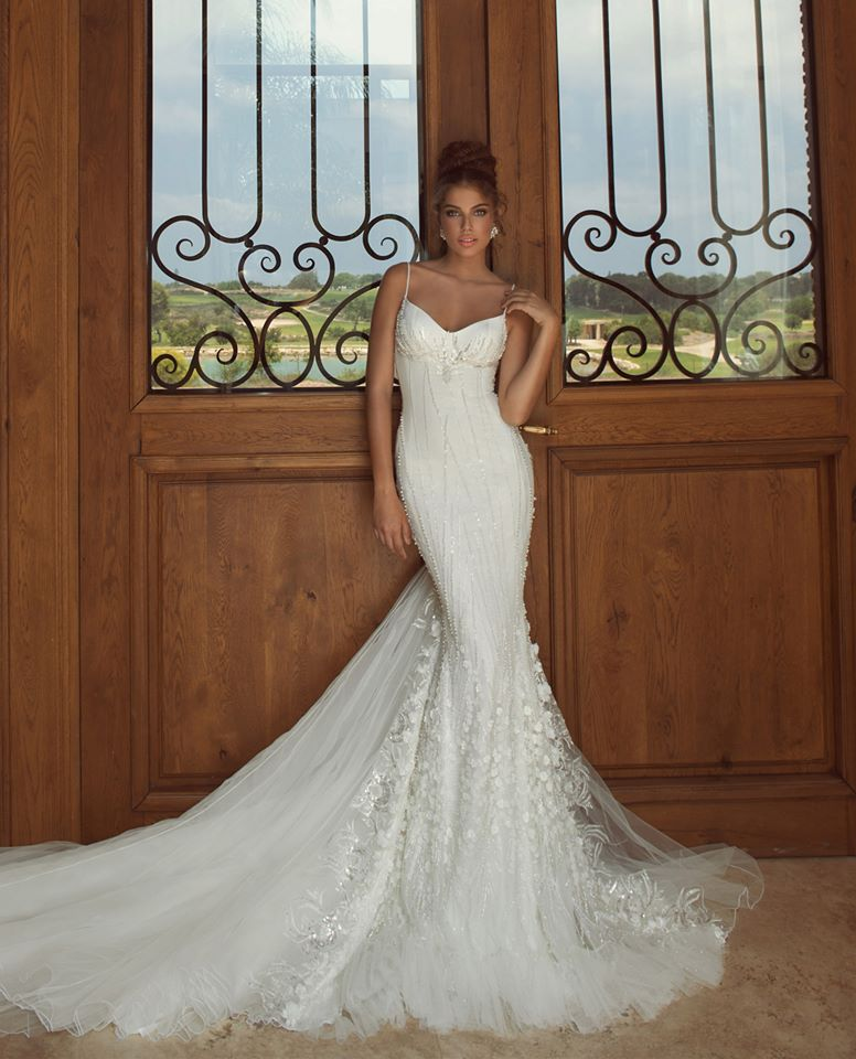 Top 8 Wedding Dress Brands : Dresses and bridal gowns check out these insanely beautiful