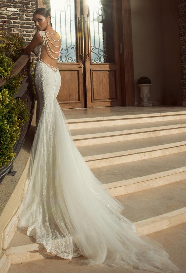 The best gowns from the most in demand wedding dress designers junglespirit Images