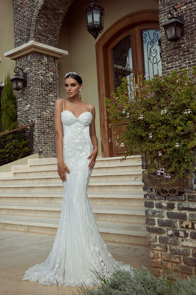 Top 8 Wedding Dress Brands : The best gowns from most in demand wedding dress designers part