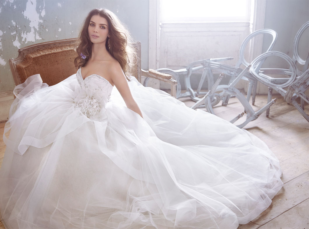 The best gowns from the most in demand wedding dress designers for Jim hjelm wedding dresses