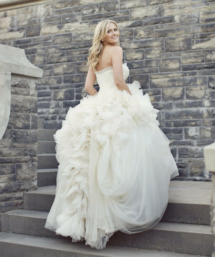 Wedding Dress For Body Types Guide : Wedding dress vera wang photo sarah kate photography