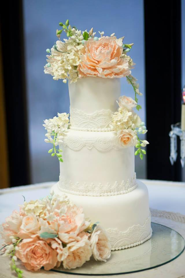 40 Wedding Cake Designs with Elaborate Fondant Flowers ...