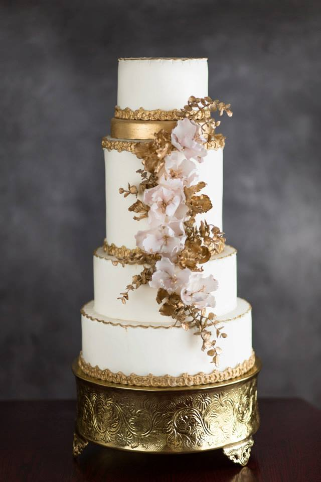 super one wedding cakes 31 chic not your average wedding cakes modwedding 20632
