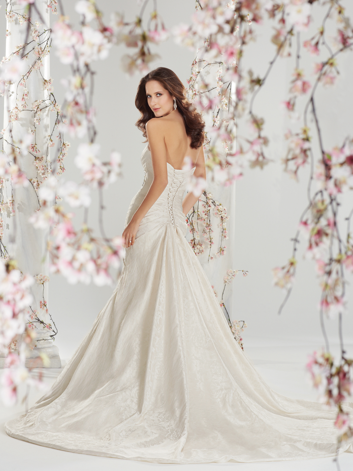 The best wedding dress designers part 10 the best gowns from the most in demand wedding dress designers part 10 junglespirit Choice Image