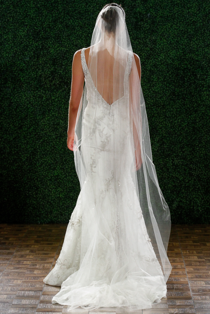 watters-wedding-dresses-17-04232014nz