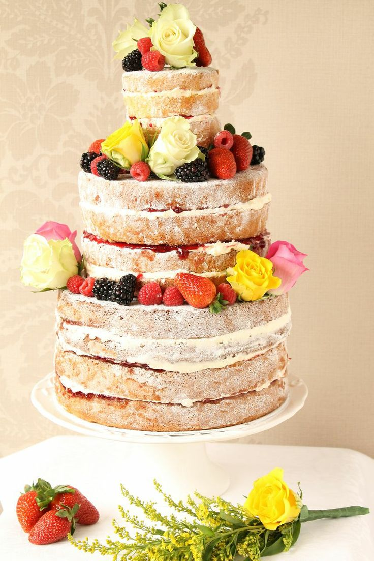 pick the perfect wedding cakes with these stunning ideas modwedding. Black Bedroom Furniture Sets. Home Design Ideas