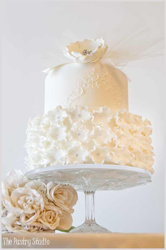 Layers Cake Design Studio : Jaw-Droppingly Beautiful Wedding Cake Inspiration