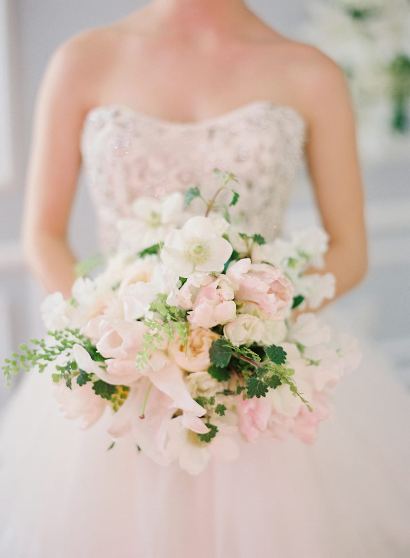 Bridal Bouquets Pink And White : Gorgeously unique wedding bouquets modwedding