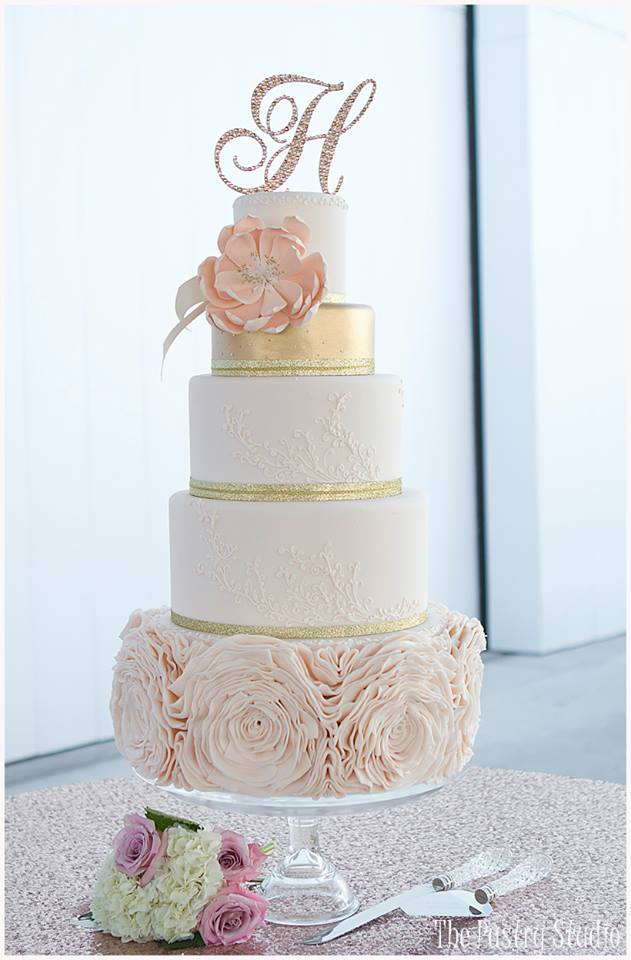 Wedding Cake Design Studio : Brilliant Wedding Cakes from The Pastry Studio - MODwedding