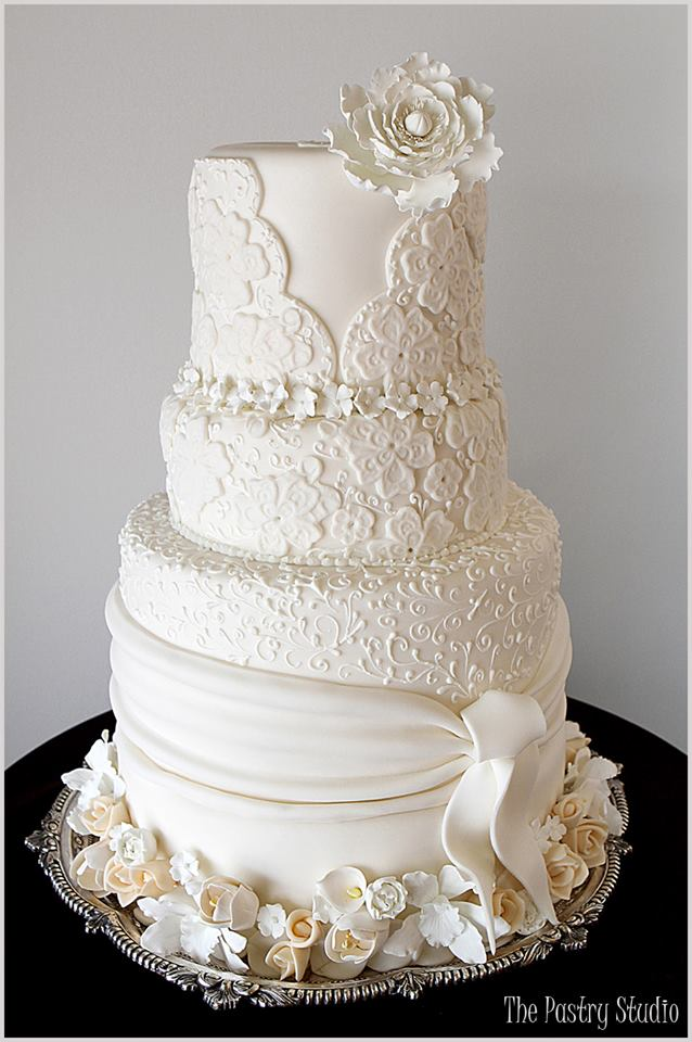 Brilliant Wedding Cakes from The Pastry Studio - MODwedding