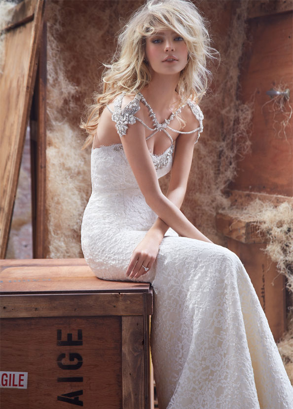hayley-paige-wedding-dresses-5-06192014
