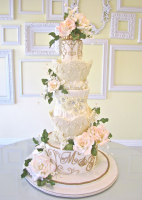 wedding-cakes-27-06062014nz