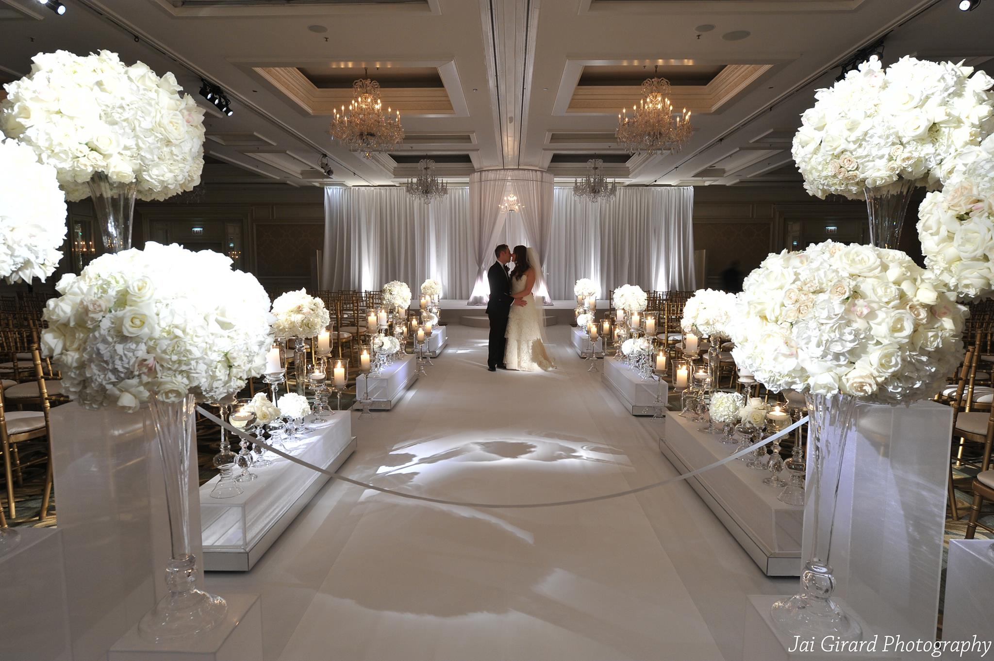 Dazzling wedding inspiration modwedding for Wedding reception design ideas