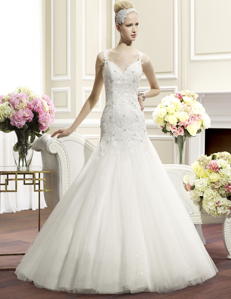 Editor\'s Pick: Moonlight Wedding Dresses - MODwedding
