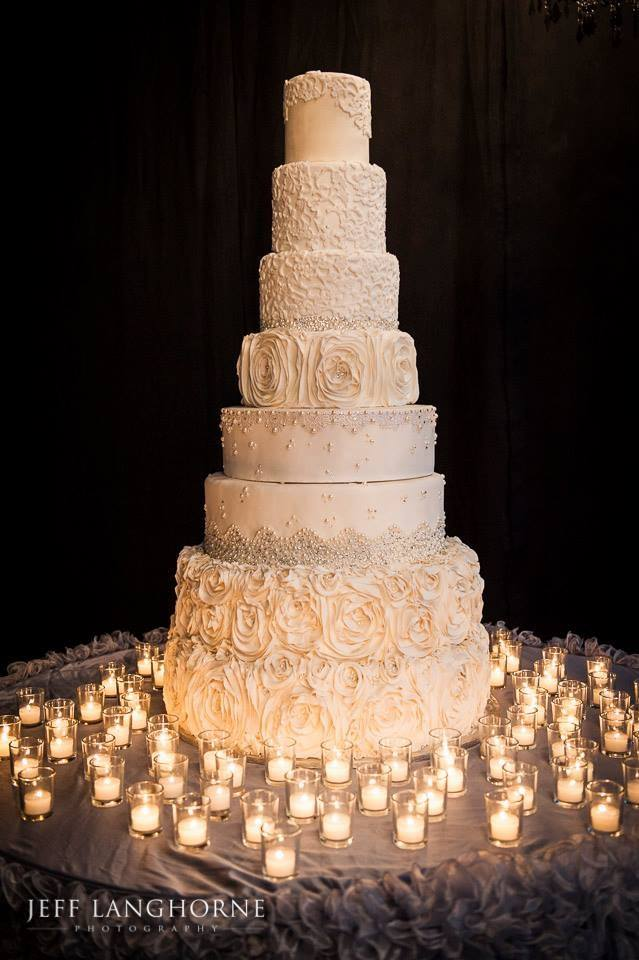 how big a wedding cake for 100 guests chic daily wedding cake ideas new modwedding 15348