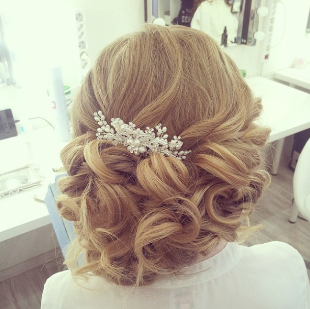 hair styles weddings effortlessly chic wedding hairstyle inspiration modwedding 4820