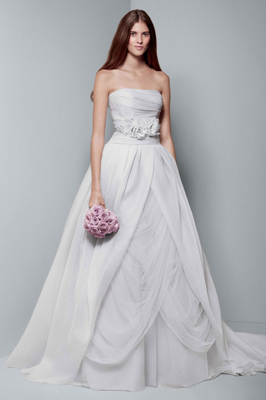 White by vera wang wedding dresses modwedding for Vera wang used wedding dress