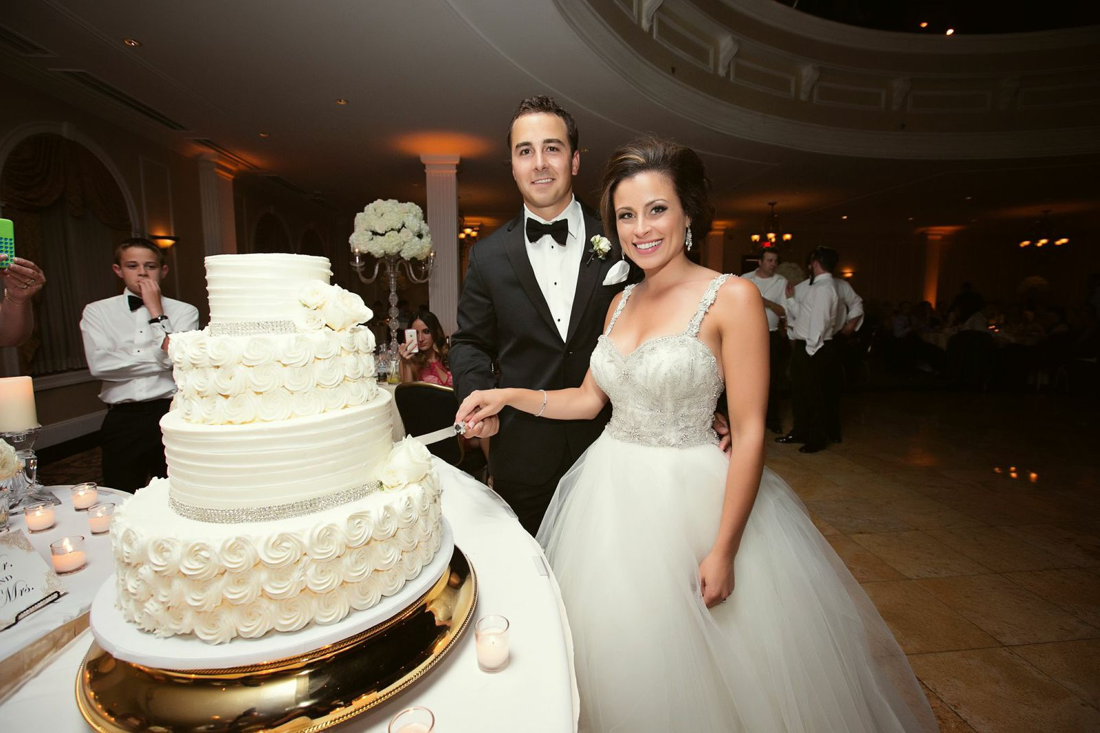 wedding cake nj classically glamorous new jersey wedding modwedding 23312