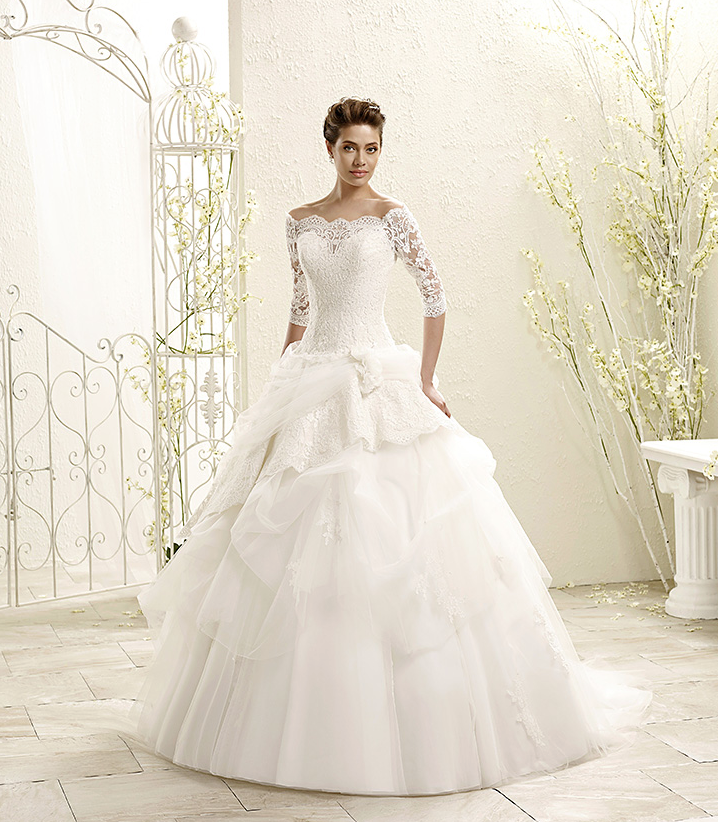 Eddy k wedding dresses with italian sophistication for Sophisticated dresses to wear to a wedding