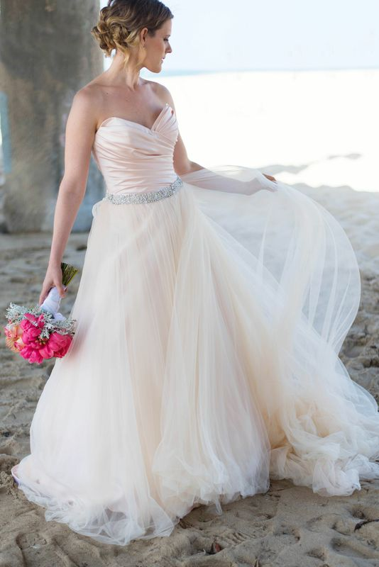 Beach chic wedding anniversary modwedding for Wedding dress rental manhattan