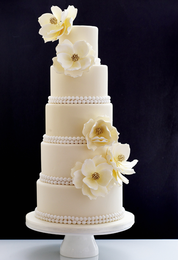 Wedding Cakes with Creative New Designs - MODwedding