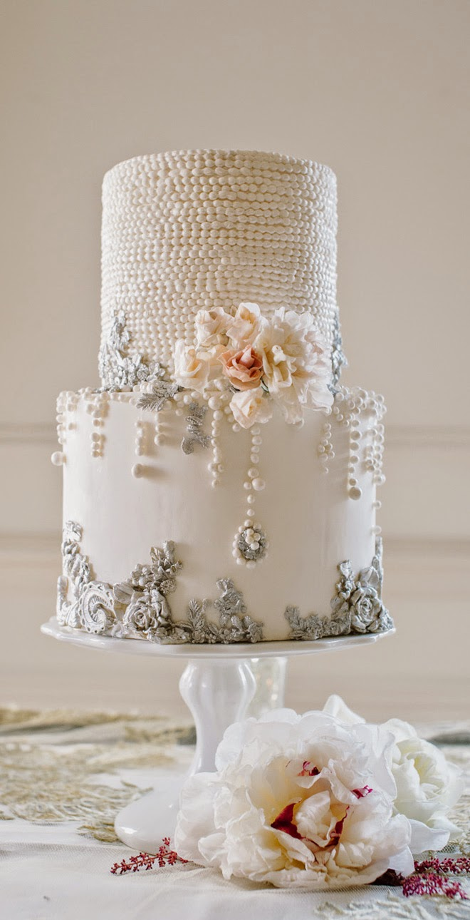 trendy wedding cakes for you to get inspired modwedding. Black Bedroom Furniture Sets. Home Design Ideas