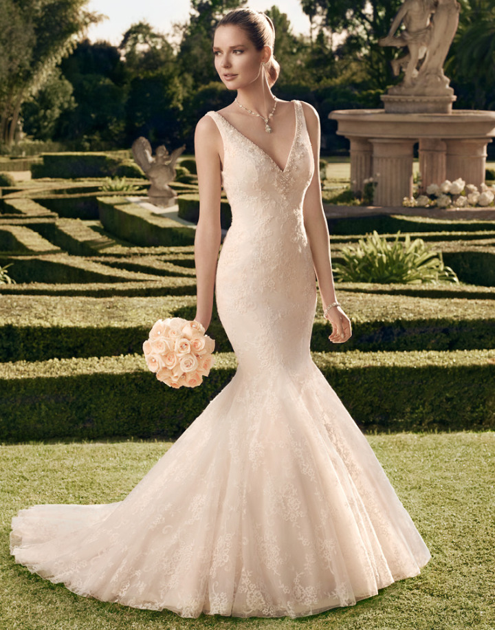 Timeless casablanca wedding dresses 2014 modwedding for Casablanca wedding dress