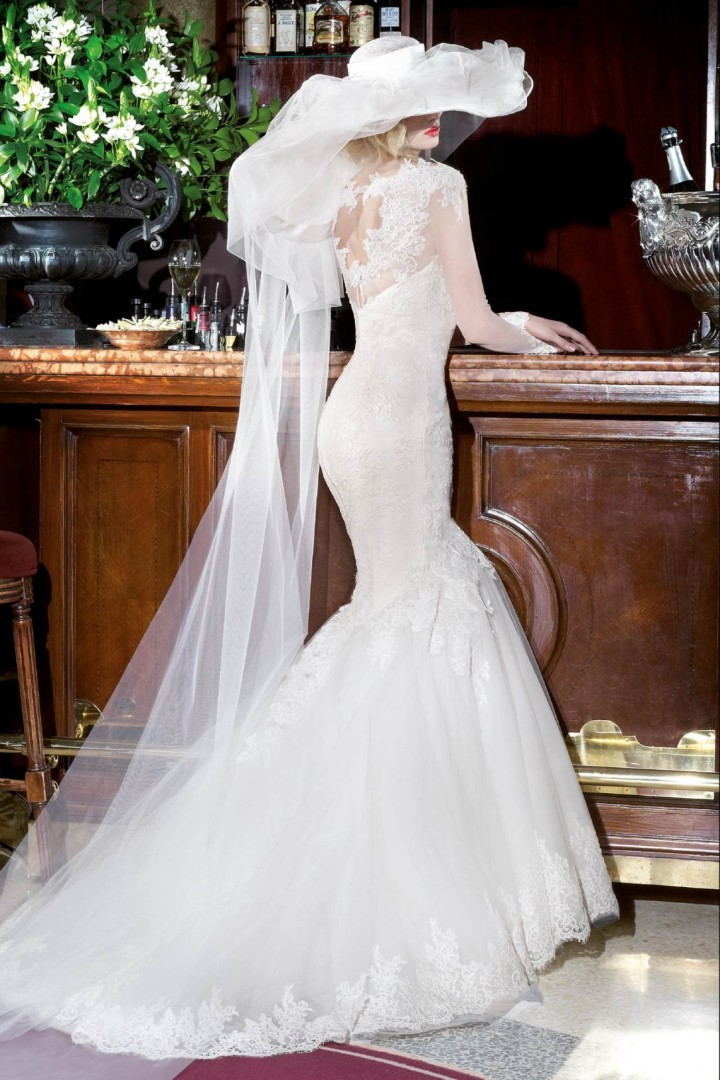 alessandra-rinaudo-wedding-dress-18-10182014