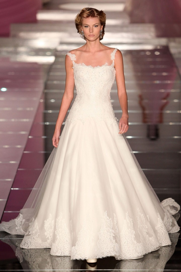 alessandra-rinaudo-wedding-dress-2-10182014